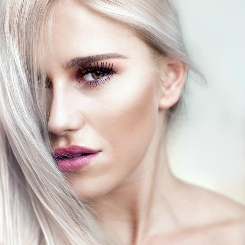 Le soluzioni sul come domare i capelli